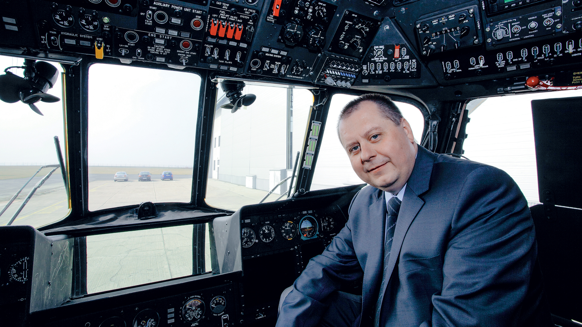 Iwould like LOM PRAHA to remain aconstant on the Czech Republic's aeronautical map